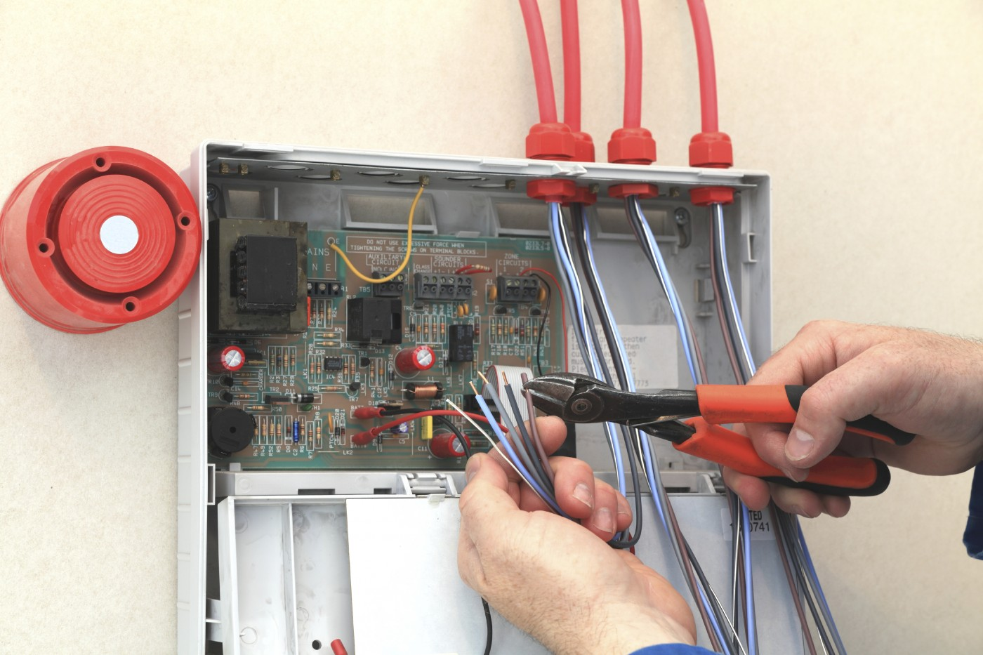 Wet Pipe Sprinkler Systems as well Fire alarm system besides Hot Water Recirculator How It Works in addition Your Duct System And Smoke Detection in addition From Kw To Mw System Design Considerations. on commercial fire alarm wiring
